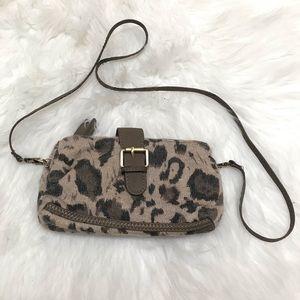 Deena&Ozzy Buckle Clutch Leopard Knit Pouch